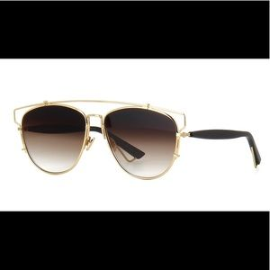 DIOR TECH SUNGLASSES LIKE NEW ORIGINAL CASE